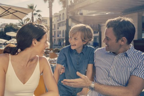 Shoot in Mexico for Thomson Holidays. Greg, Woodward, Chapters, People, freelance, production, unit, stills, photographer, photography, portrait, crew, commercials, promos,